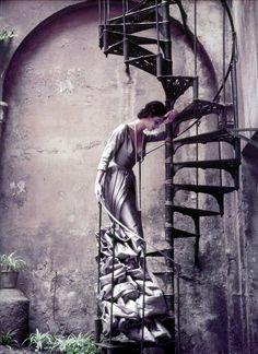 Roberto Capucci - Italian Fashion Designer, photo by Milton Greene Vintage Fashion Photography, Art Photography, Landscape Photography, Milton Greene, Lion, Philadelphia Museum Of Art, Portraits, Artist Gallery, Up Girl