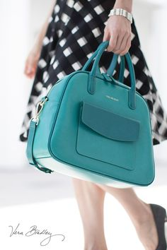 Bowled Over Satchel in Wildwood Teal: We're in love with electric hues. We are getting so excited for all of the new spring collection from Vera! Handbag Accessories, Fashion Accessories, Color Menta, Purses And Handbags, Leather Handbags, Leather Bag, Beautiful Bags, My Bags, Teal