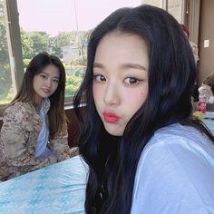 Eyes On Me, Forever Girl, Yu Jin, K Idol, Just Girl Things, Cute Icons, Kpop Aesthetic, The Wiz, Ulzzang Girl