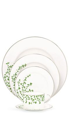 Beautiful 5 piece place setting #katespade