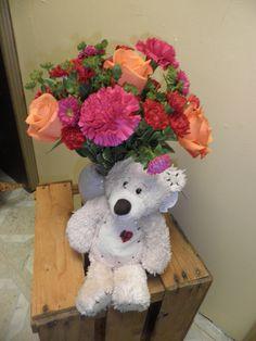 Fresh flowers with the cutest bear. Cute Bears, Fresh Flowers, Floral Wreath, Teddy Bear, Wreaths, Toys, Fall, Holiday, Home Decor