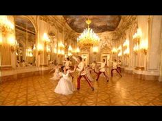 VALSA DO IMPERADOR - ANDRE RIEU    BALLET ~ The Viennese Waltzes    Grand and glorious - the ballroom, the ballet dances, the dresses and the MUSIC!!!!