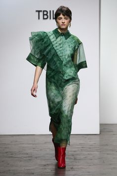 Lako Bukia Tbilisi Fall 2017 Collection Photos - Vogue