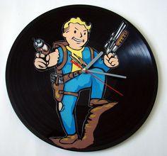 Fallout  Zegar z płyty winylowej w Vantidus Vinyl Art na DaWanda.com