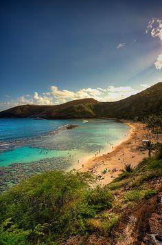 Hanauma bay ☼ Top things to do in Oahu, Hawaii: http://www.thewondermap.com/things-to-do-in-oahu-hawaii/