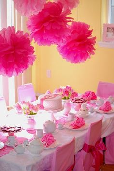 Party table setting idea