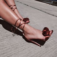 Find images and videos about fashion, shoes and heels on We Heart It - the app to get lost in what you love. Prom Heels, Pumps Heels, High Heels, Stiletto Heels, Dr Shoes, Me Too Shoes, Pretty Shoes, Beautiful Shoes, Heeled Boots