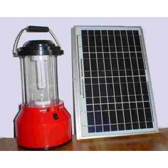 One of the most interesting options can solar lantern, a flashlight that works with solar energy designed to be light and transportable while resistant. Small Solar Panels, Buy Solar Panels, Solar Energy Panels, Solar Lanterns, Solar Lights, Solar Equipment, Rechargeable Lantern, Solar Street Light