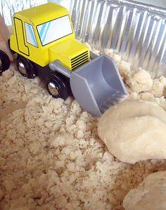 Homemade Moon Sand Recipe - a lovely sensory experience, Ive not met a kid who doesnt love it! Sensory Bins, Sensory Activities, Sensory Play, Toddler Activities, Sensory Table, Diy Moon Sand, Homemade Moon Sand, Sands Recipe, Friend Activities