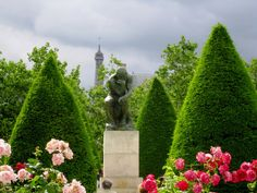Rodin museum in Paris. One of the most peaceful gardens in Paris. Places To Travel, Places To See, Places Ive Been, Overseas Travel, Travel Abroad, Rodin Museum, Europe Holidays, Holiday 2014, Garden Design