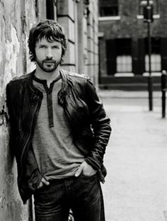 James Blunt won the award for Best Male Video and the award for Best Cinematography In A Video for his song You're Beautiful at the VMA's 2006.