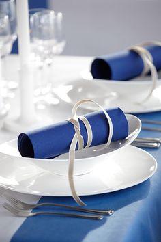 mid blue napkin duni