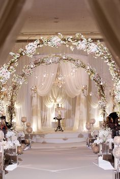 21 stunning church wedding aisle decoration ideas to steal wedding 45 breathtaking church wedding decorations junglespirit Images