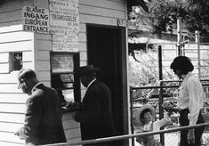 Life in Apartheid-Era South Africa - Mark Byrnes - The Atlantic Cities News South Africa, History Essay, Africa People, Apartheid, African History, Black History, Wonders Of The World, Black And White, Life