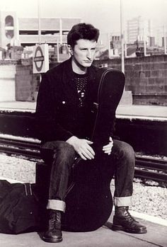 Billy Bragg ~ Love his music, intelligence, humour, passion & integrity! Still fighting the good fight after all these years! Great performer ~ his concerts are always stellar!!! William Bloke rules!