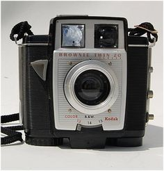 Vintage Kodak Brownie Twin 20  Did not know this came in a twin lens....