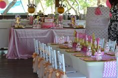 All that glitters! This was absolutely perfect for Princess Ary. All That Glitters, Pink And Gold, Parties, Table Decorations, Princess, Home Decor, Fiestas, Decoration Home, Room Decor