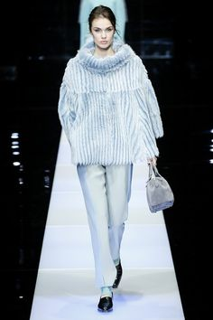 GIORGIO ARMANI AUTUMN / WINTER COLLECTION 2015 / 2016 #EZONEFASHION