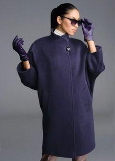 Пальто без подклада является модным трендом текущего сезона – большинство модниц уже оценили все прелести наряда. Каковы особенности и как выбрать? Из каких материалов делают пальто без подкладки? Стильные модели и образы.