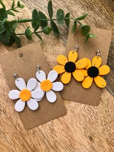 Fimo Ring, Diy Earrings Polymer Clay, Cute Polymer Clay, Polymer Clay Flowers, Polymer Clay Projects, Earrings Handmade, Handmade Polymer Clay, Clay Design, Clay Charms