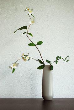 "Ikebana Japanese flower arrangement ""I still dream of blossom"" by Otomodachi"