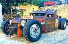 The Undertaker - 1948 Diamond T Tow truck Rat Rod Rat Rod Trucks, Rat Rods, Rat Rod Pickup, Tow Truck, Big Trucks, Pickup Trucks, Truck Drivers, Dually Trucks, Truck Camper