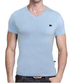 Camiseta Gola V Básica Martt Azul - http://www.compramais.com.br/masculino/camisetas/camiseta-gola-v-basica-martt-azul/