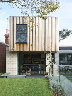 The Melbourne home of Bill and Christine McCorkell and their family. Styling Assistant – Nat Turnbull, Production – Lucy Feagins for The Design Files. Houses Architecture, Architecture Company, Residential Architecture, Modern Architecture, Beautiful Architecture, Timber Cladding, Exterior Cladding, Australian Architecture, Australian Homes