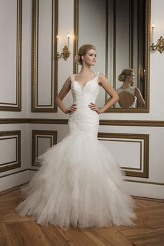 Style 8827. 2016 Justin Alexander collection #weddingdress #strapless #lace #mermaid #tulle