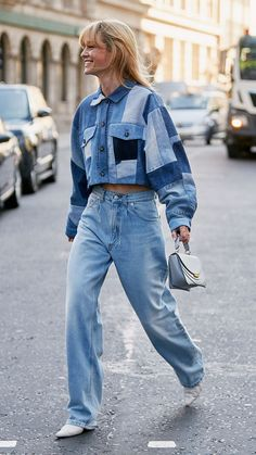 The Best London Fashion Week 2019 Street Style Trends: Jeanette Madsen wears patchwork denim cropped jacket with oversized jeans London Fashion Weeks, Milano Fashion Week, Ny Fashion Week, Lakme Fashion Week, Look Fashion, Woman Fashion, Fashion Details, Denim On Denim Fashion, Classy Fashion