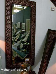 """2012 İsmek Feshane sergisine """"Tel Kırma"""" branşına ait resimlerle devam ediyoruz. Resim sayısı çok olduğu için, resimleri 3 bölüm halind..."""