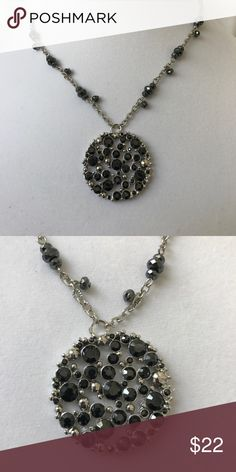 """WHITE HOUSE BLACK MARKET NECKLACE NWOT WHBM NECKLACE. HAS EXTENDER TO ADJUST LENGTH. APPROX 16"""" CHAIN. SORRY NO TRADES. White House Black Market Jewelry Necklaces"""