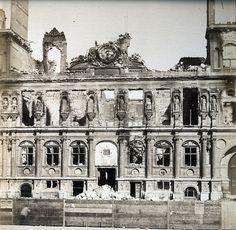 Adolphe Disderi - Hotel de Ville après la Commune en 1871