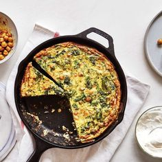 Sliced frittata in cast iron skillet. To the sides a bowl of spiced chickpeas garlic mayonnaise and two plates with. Easy Frittata Recipe, Frittata Recipes, Healthy Frittata, Mayonnaise, Cast Iron Recipes, Egg Recipes, Recipies, Dinner Recipes, Milk Recipes