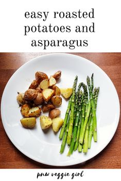 easy roasted potatoes and asparagus Roasted Asparagus Parmesan, Easy Roasted Potatoes, Oven Roasted Asparagus, Asparagus Recipe, Roasted Vegetables, Egg Free Recipes, Side Dish Recipes, Vegetable Recipes, Vegetarian Recipes