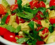 Avocado, cherry tomatoes and radish salad #Recipe
