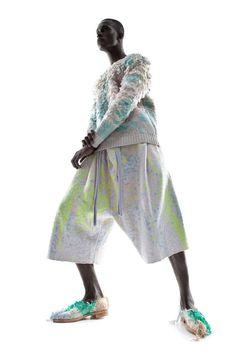 Collaborators: Anna Duthie (Printed Textiles), John Leung (Footwear) Photographer: Rainer Torrado Creative Assistant: Thoaï Niradeth Hair and Make Up: Elika Bavar Models: Danil, Liren Shih and Yannick Konan (Major Models)