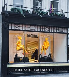 Picture of the exterior window of the Moschino store in Mayfair . Exterior Paint Colors, Exterior House Colors, Paint Colors For Home, Exterior Design, Exterior Doors With Sidelights, Exterior Doors With Glass, Moschino, Fashion Window Display, Window Displays