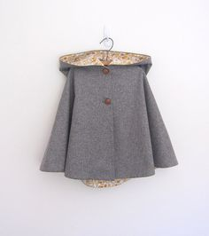 Childs wool cape grey/yellow by OneMe on Etsy