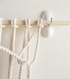 DIY macrame wall hanging how to