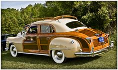 Chrysler Town & Country by Mark O'Grady\MOSpeed Images, via Flickr