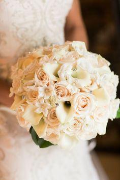 bouquet calle bianche e rose avorio