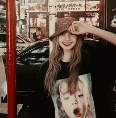Blackpink Lisa, Jennie Lisa, Yg Entertainment, South Korean Girls, Korean Girl Groups, K Pop, Rapper, Lisa Blackpink Wallpaper, Blackpink Members