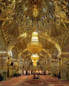 Mesmerizing mirrors art of 14th century Shah-e-Cheragh Mosque, Shiraz, Iran (Persian: هنرآینه کاری ایرانی: نمای زیبای داخل آرامگاه شاهچراغ در شهر شیراز ) Photo by: justturaj