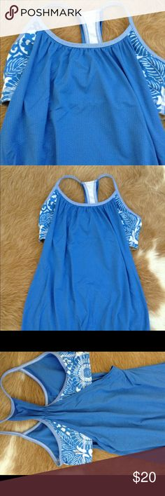 Lulu lemon, size 4, Lulu lemon size 4, tank top lululemon athletica Tops Muscle Tees