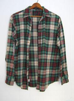 eec94a990fc Vintage Plaid Flannel Shirt Pocket Lumberjack Grunge Soft Faded Medium Large