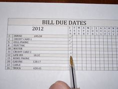 The Clutter Diary: Organizing Bills and Bill Payments . . . good idea, particularly as more and more bills accumulate each month