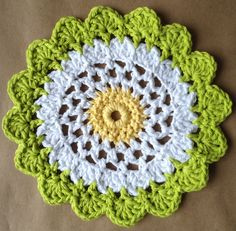 Best Free Crochet » #320 Moon Flower Dishcloth – Maggie Weldon Maggies Crochet