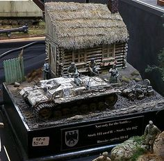 Battle Of Moscow, Model Tanks, Military Diorama, Boat Building, Armored Vehicles, Scale Models, Vignettes, Wwii, Diorama Ideas
