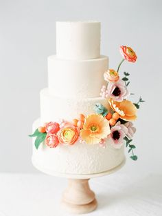 shared my favorite cake today on their feed! This beauty was covered in sugar flowers in my favorite shades of orange and pink and peach. Can I always make cakes like this PLEASE? photo by the incredible Purple Wedding Cakes, Fall Wedding Cakes, Wedding Cakes With Flowers, Elegant Wedding Cakes, Wedding Cake Designs, Wedding Desserts, Wedding Favors, Wedding Decor, Lace Wedding